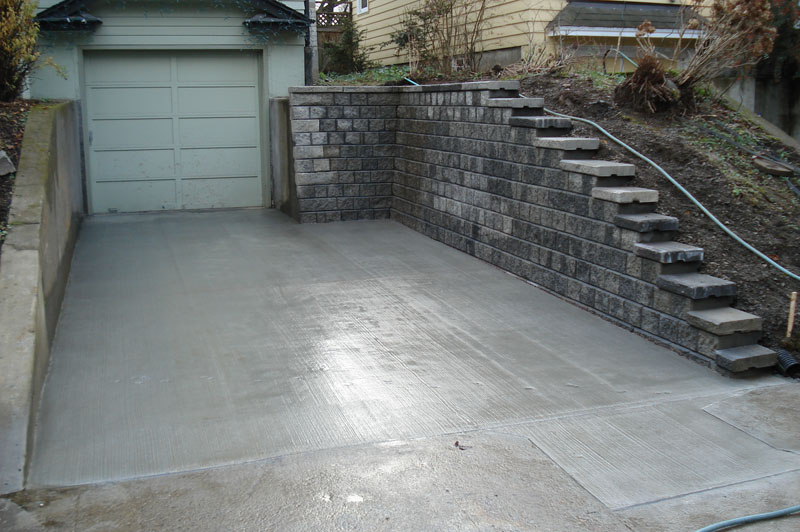 how to build a driveway retaining wall